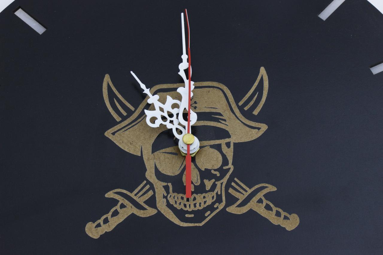 ساعت دزدان دریایی کارائیب